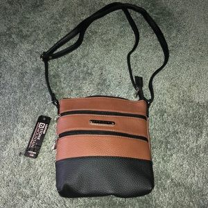 Stone Mountain brown and black leather purse